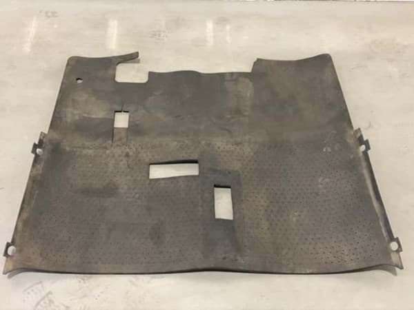 Picture of Used | Floor Mat With Horn Hole Cutout